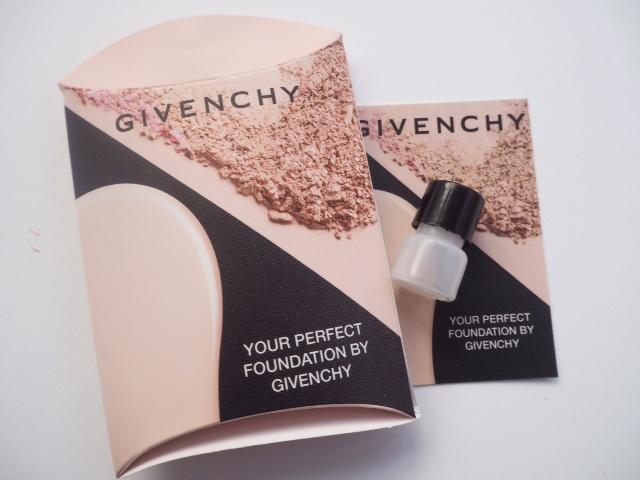 #BBBGivenchy Iconic Box