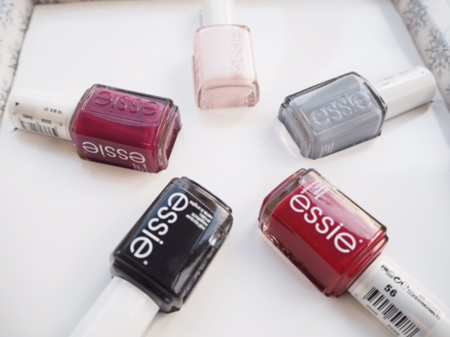 Essie All I Want For Christmas Gift Set