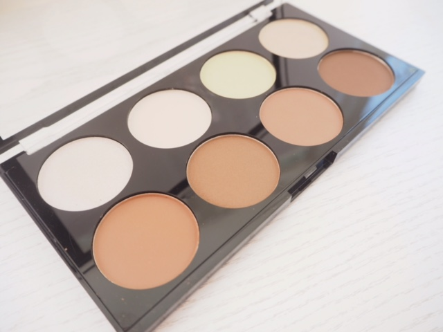 Makeup Revolution Iconic Lights & Contour Palette