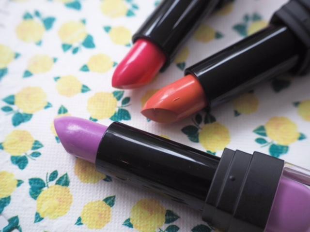 Sleek MakeUP Whimsical Wonderland