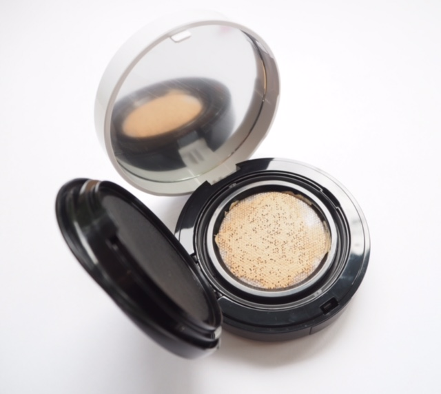 The Body Shop Cushion Foundation Sneaky Peek