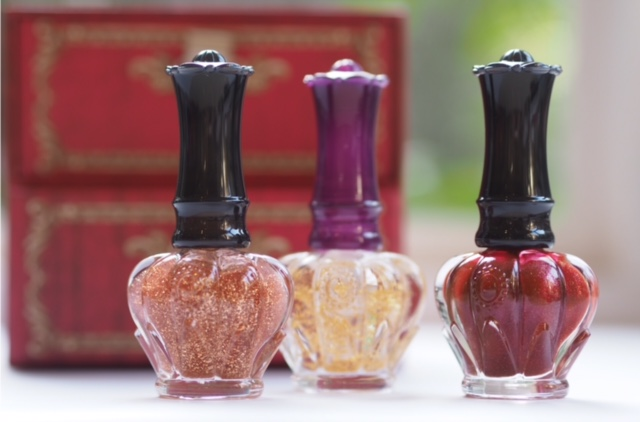 Anna Sui Holiday 2016 Nails