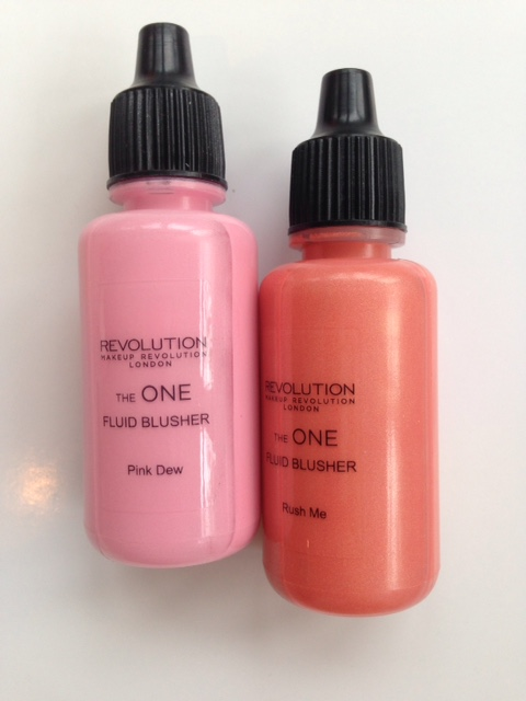 Makeup Revolution Fluid Blusher