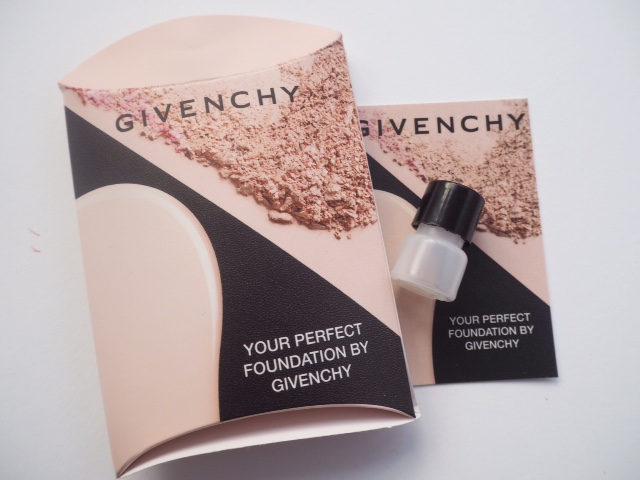 #BBBGivenchy Iconic Box