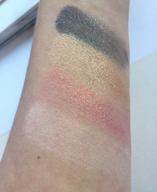 Peaches Swatch