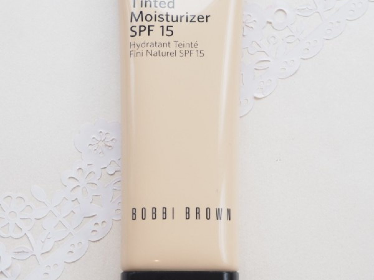 Bobbi Brown Nude Finish Tinted Moisturiser British Beauty Blogger