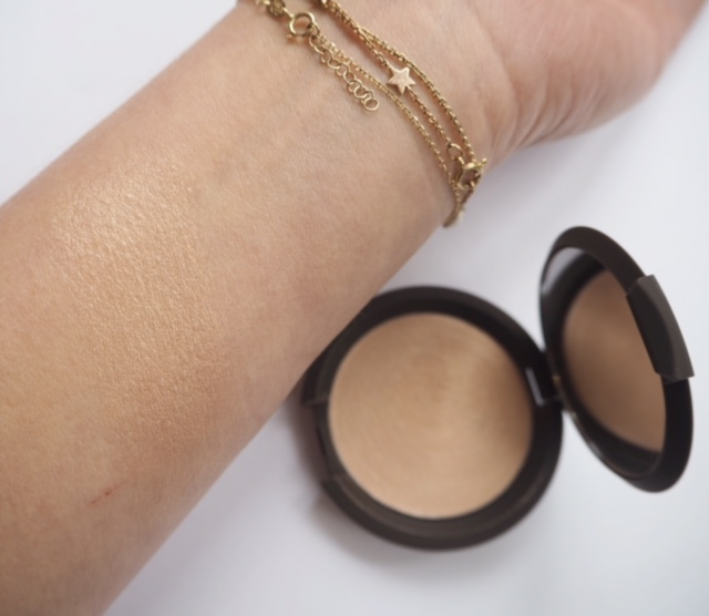 Jaclyn Hill Champagne Shimmering Skin Perfector Poured Creme