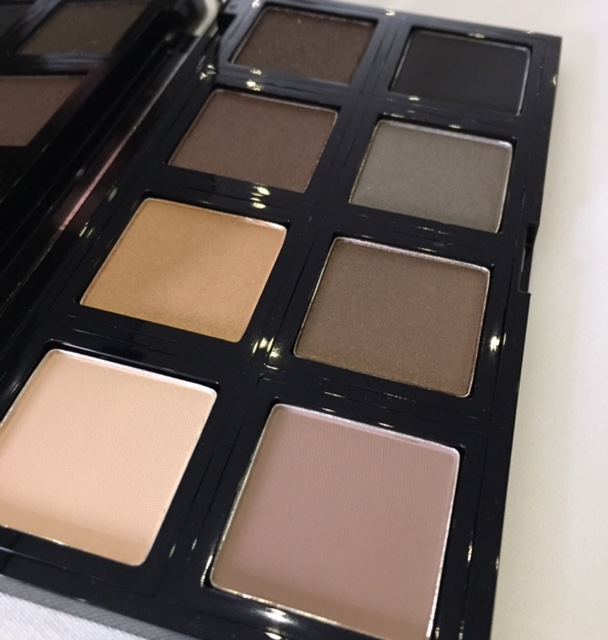 The Body Shop Down To Earth Shadows