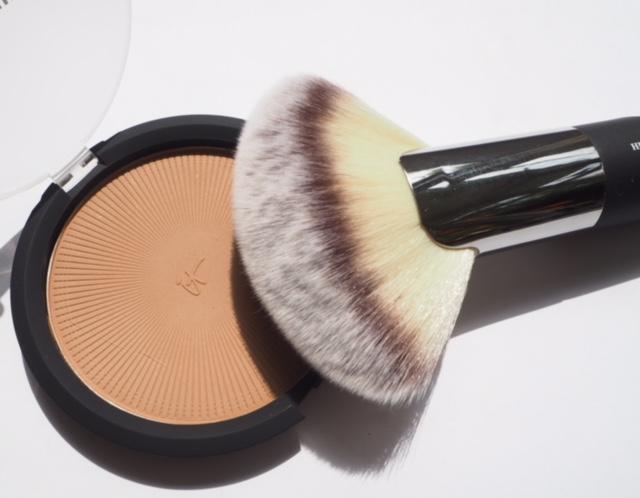 It Cosmetics Sunshine Bronzer