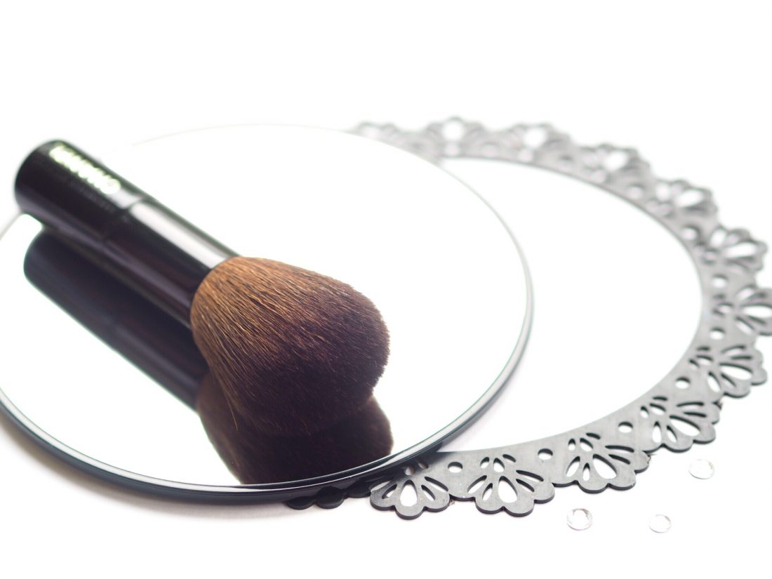 chanel-christmas-brush-set-1