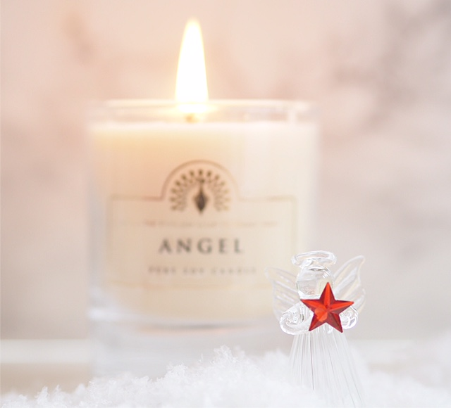 English Soap Company Angel Candle